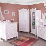 سرویس خواب نوزاد جدید تخت کمد ویترین دراور قاب آینه رنگ سفید